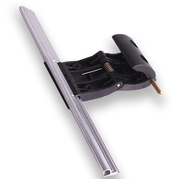 Accroche lames pour porte de garage enroulable std noir for Boitier de commande pour porte de garage enroulable