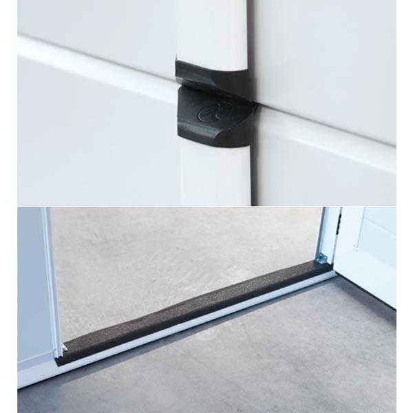 Porte de garage sectionnelle avec portillon lisse blanche - Encadrement porte de garage ...
