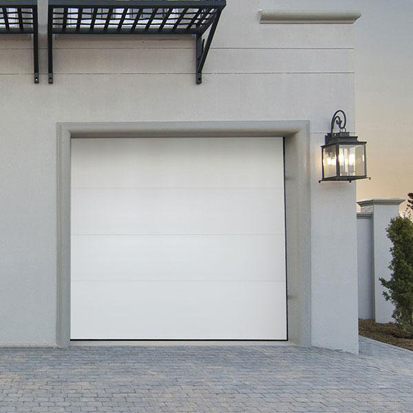 Porte de garage sectionnelle lisse motoris e porte sectionnelle standard - Porte de garage motorisee ...