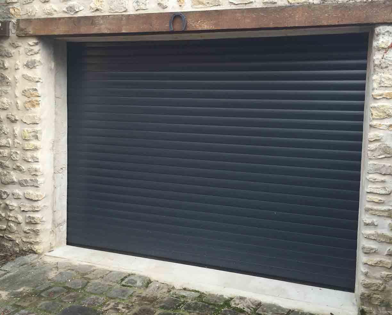 Porte de garage et portail aluminium r alisations et t moignages - Portail garage enroulable ...
